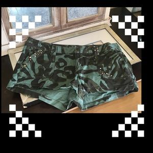Very nice condition shorts size 12